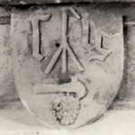 Détail du socle Gruet XVIIe (Cliché Laignelet)