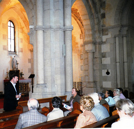 """Visite guidée de la """"basilique"""" à Fontaine-lès-Dijon"""