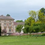 L'aile Lenoir (1771) réservée aux moines d'aujourd'hui.