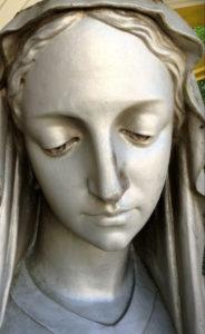La statue de Notre-Dame d'Étang avant restauration. Publié par Christiane Perruchot, Traces écrites news, 6 mars 2015